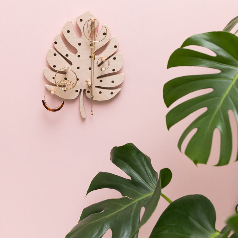 Medium Monstera Leaf Pegboard