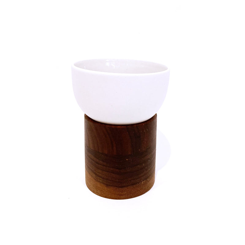 """Purpur"" Porcelain Cup With Dark Wood Base - MUDAM STORE"