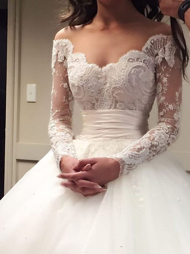 Fashion Ball Gown Wedding Dresses Off-the-Shoulder Sweep/Brush Applique Tulle Long Sleeve Bridal Gowns