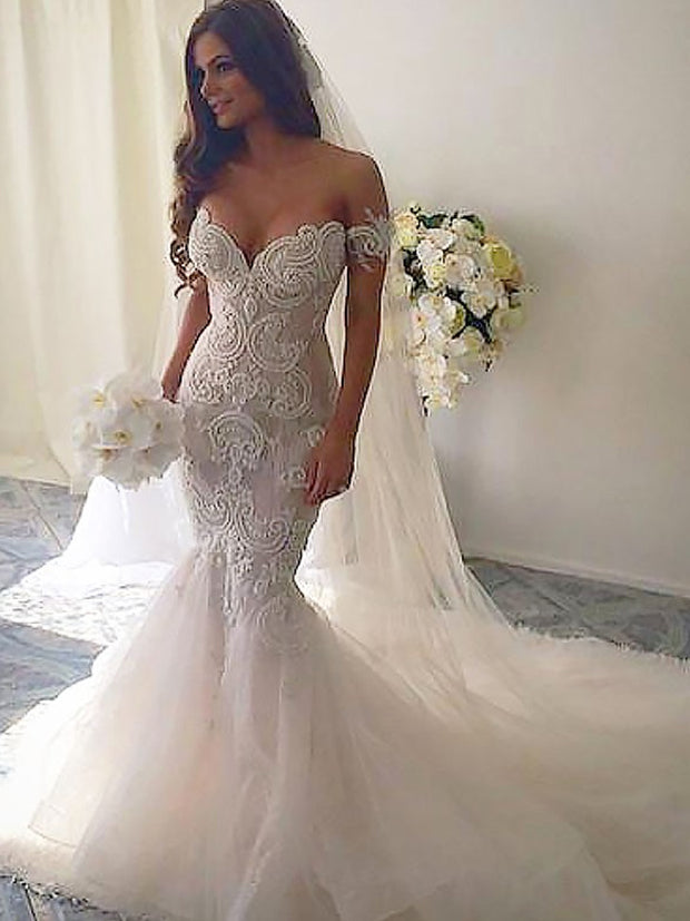 Trumpet/Mermaid Chapel Train Off-the-Shoulder Tulle Sleeveless Wedding Dresses