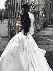onlybridals Beaded Lace Embroidery V-neck Satin Ball Gowns Wedding Dresses For Women - onlybridals