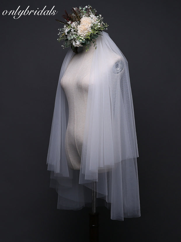onlybridals White Two Layer Cut Edge wedding veil 2019 Cheap wedding veil with comb - onlybridals