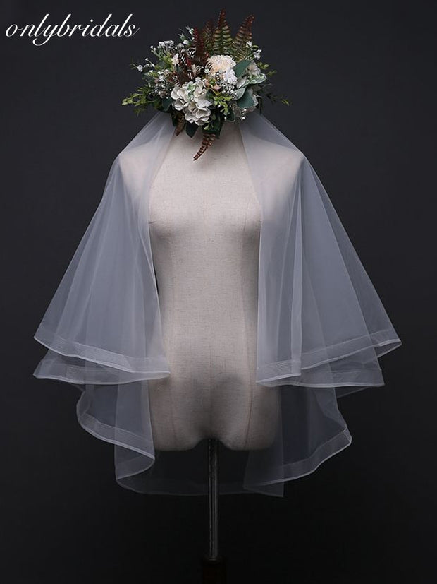 onlybridals Wedding Veil With Combs With Comb Sexy Yarn Dyed Two-layer 2019 Real Photos Ribbon White Ivory