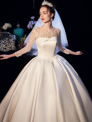 Long-sleeved satin lace to decorate the wedding dress