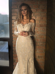 Vintage Lace Off Shoulder Mermaid Tulle Backless Wedding Dresses
