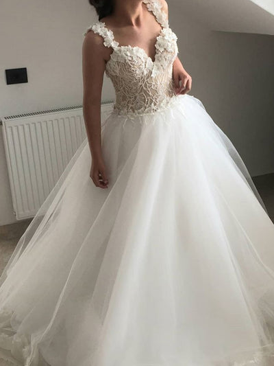 onlybridals Sweetheart Collar A-Line Lace Wedding Dress | Applique Bead Tailed Bridal Gown - onlybridals