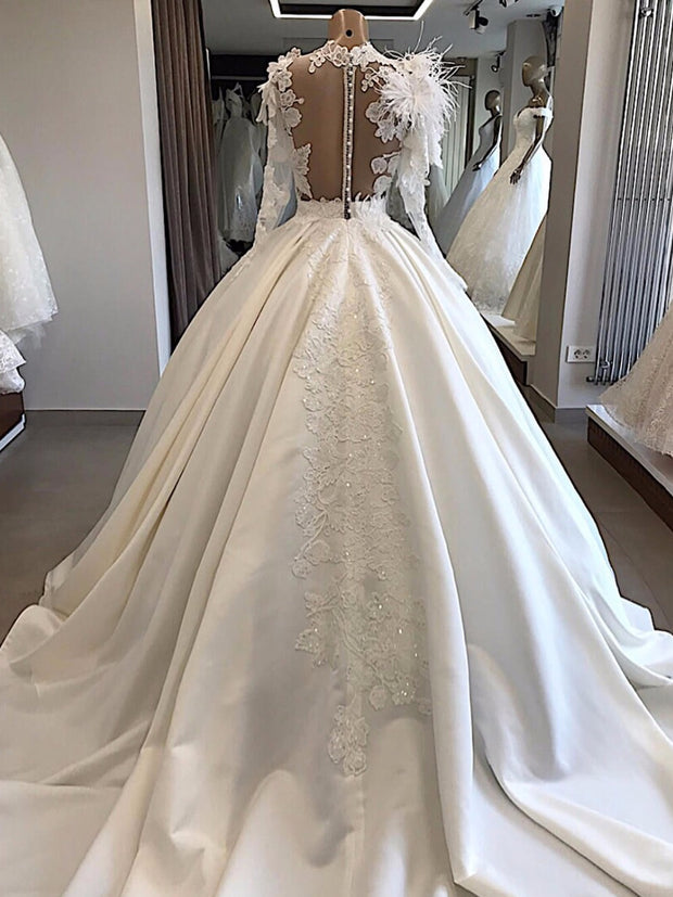 Only bridals Vintage Satin Ball Gown Wedding Dress Long Sleeve with Feathers High Neck Lace Appliques Wedding Gowns Bride Dress