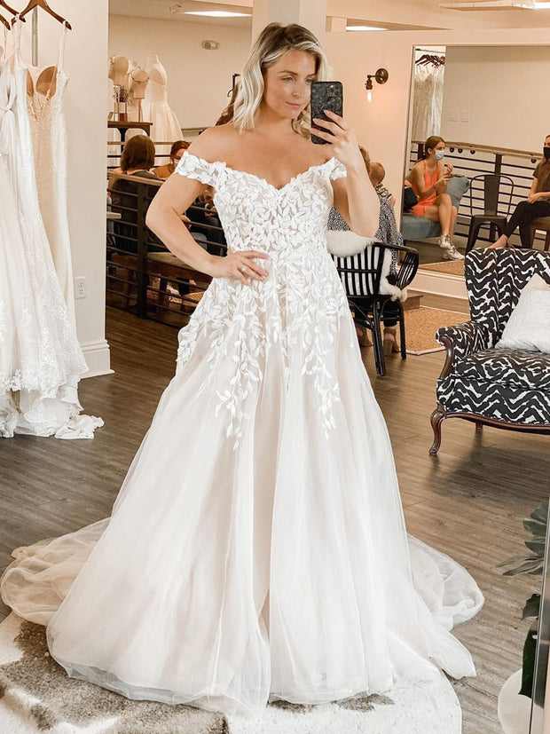 onlybridals  Gorgeous Ball Gown Off the Shoulder Tulle Wedding Dresses