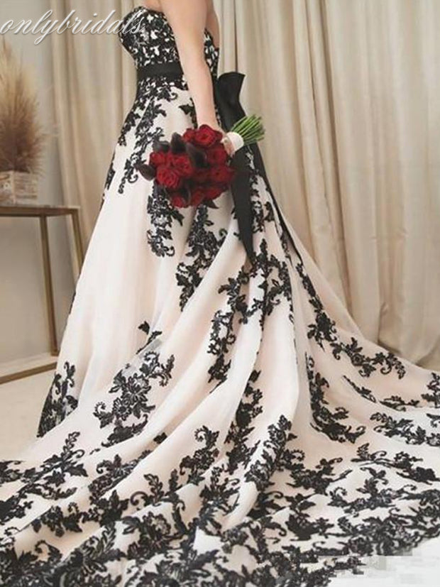 onlybridals Vintage Gothic Black and White Wedding Dresses 2021 Plus Size Strapless Sweep Train Corset Country Cowgirl Wedding Gown - onlybridals