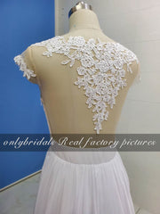 onlybridals Lace Beach Wedding Dresses A-Line Appliques Sexy High  Wedding Gown Bridal Dresses