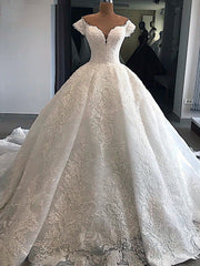 onlybridals Sweetheart Neckline Luxury Ball Gown Wedding Dress With Delicate Appliques Off The Shoulder