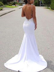 Mermaid / Trumpet Wedding Dresses V Neck Sweep / Brush Train Lace Satin Sleeveless Simple with Appliques 2020 - onlybridals