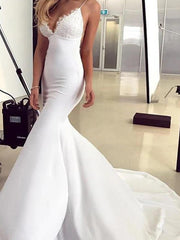 Mermaid / Trumpet Wedding Dresses V Neck Sweep / Brush Train Lace Satin Sleeveless Simple with Appliques 2020