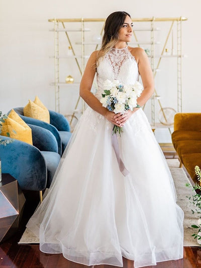 Wedding Dress 2020 Halter Sleeveless A-Line Lace Appliques Gorgeous Bridal Gowns Tulle White Sleeveless Organza Custom Made