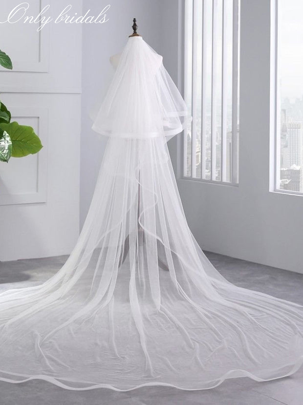 onlybridals Bridal Veil Ivory White Cathedral Wedding Veils With Comb Birde Accessories 3 M Long Two Layers 2 M