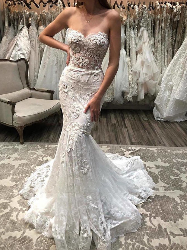Charming Sweetheart Lace Applique Mermaid Wedding Dress