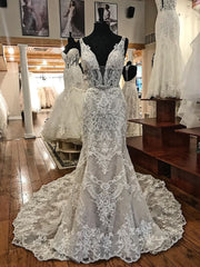 onlybridals Lace V-Neck Appliuqes Mermaid Wedding Dress Bridal Gowns