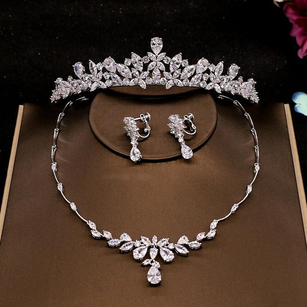 Fashionable Bridal Jewelry 2021 Crystal Rhinestone Headwear Earrings Necklace Wedding Accessories