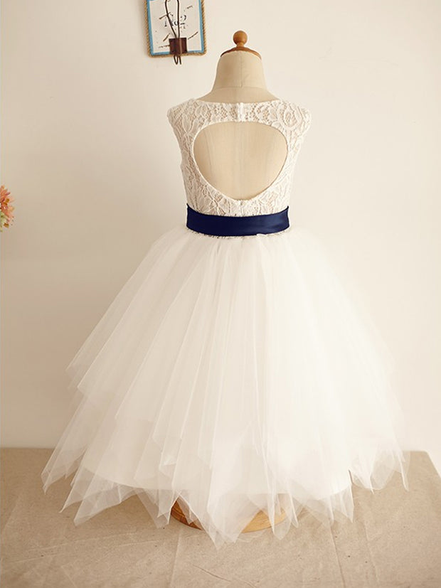 A-Line/Princess Tulle Sash/Ribbon/Belt Scoop Sleeveless Tea-Length Flower Girl Dresses