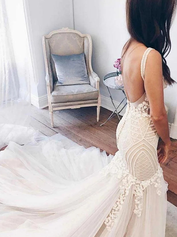 Gorgeous Ivory Tulle Mermaid V-Neck Lace Backless Wedding Dresses