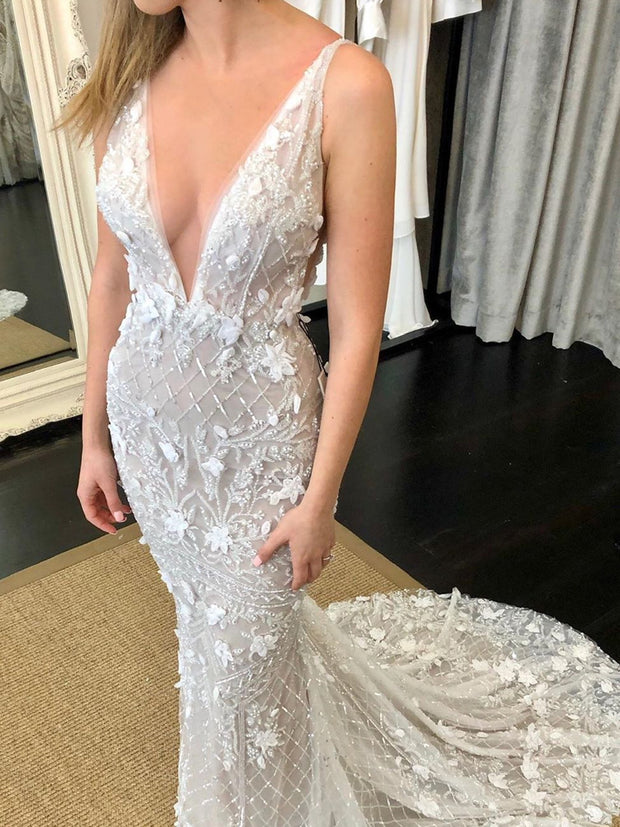onlybridals V-Neck Luxury Beaded Mermaid Wedding Dress with Detachable Train