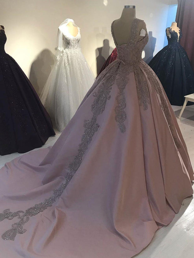 Blush Pink Lace Beaded Quinceanera Prom Dresses Deep V-neck Satin Ball Gown Evening Party