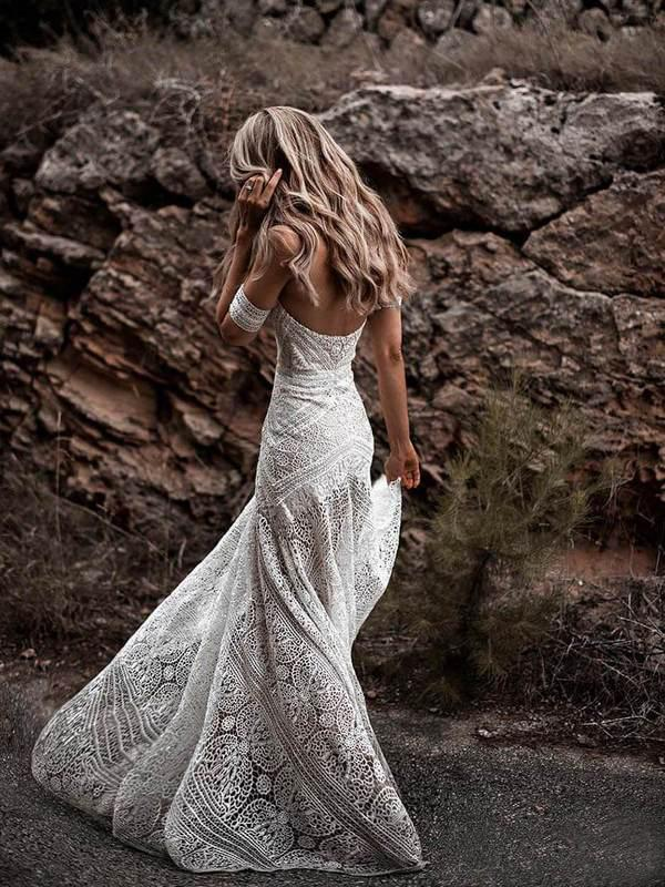 Trumpet/Mermaid Off-the-shoulder Ivory Lace Beach Boho Wedding Dress Modest Bride Gowns AMY1597 - onlybridals