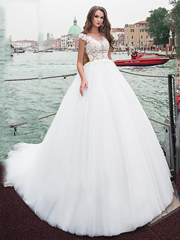 Onlybridals Ball Gown Wedding Dress With Beaded Lace Appliques White Ivory Tulle Wedding Dresses