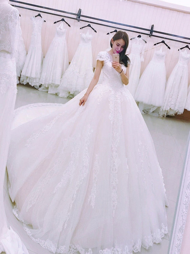 onlybridals Princess Luxury Ball Gown Wedding Dress Lace Appliques Cap Sleeve Bridal Gown
