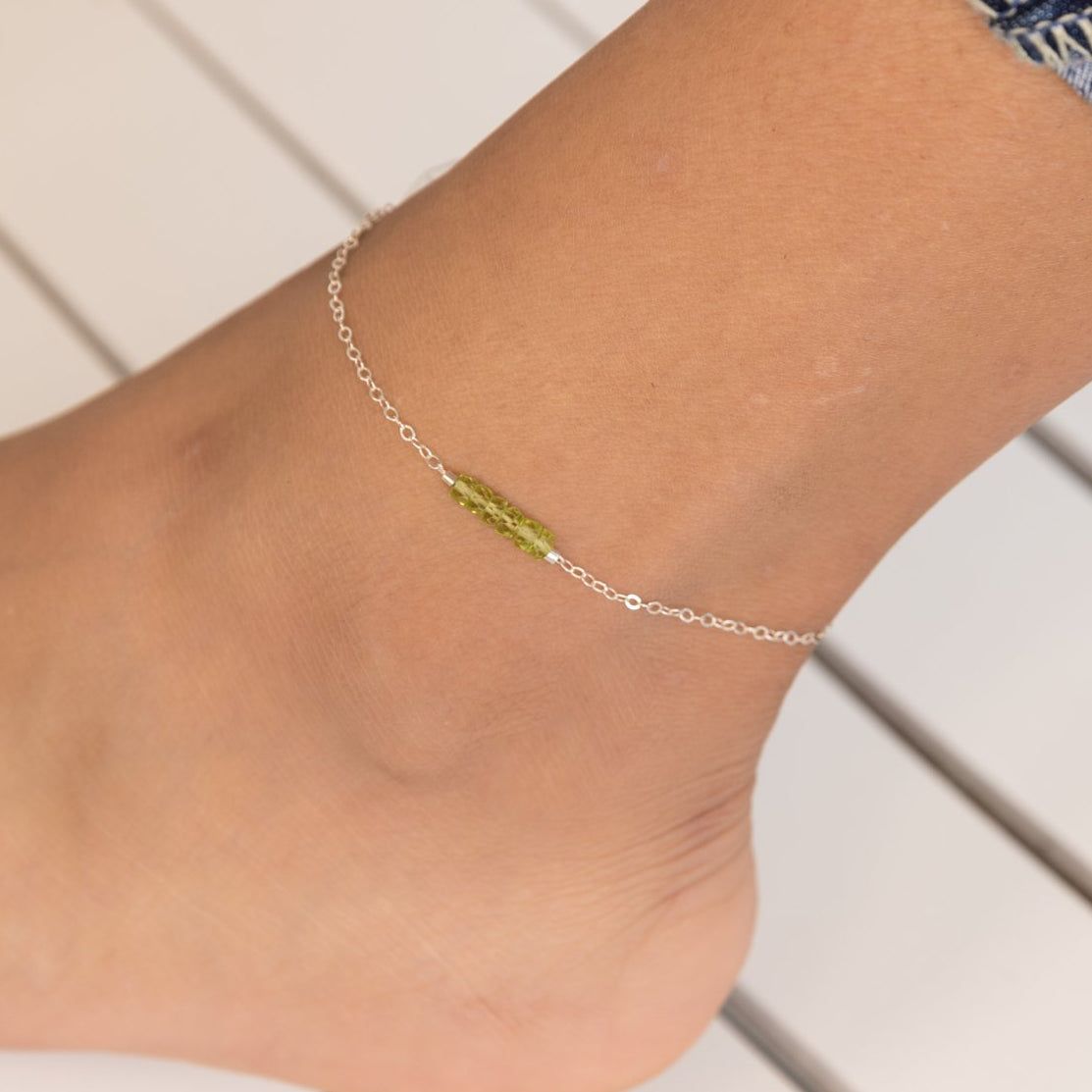 Peridot, Peridot Anklet, Peridot Ankle Bracelet, August Birthstone Jewelry, Healing Crystal Jewelry, August Birthday Gift, Green Crystal, Peridot Gemstone, Dainty Anklet, Delicate Gold Anklet