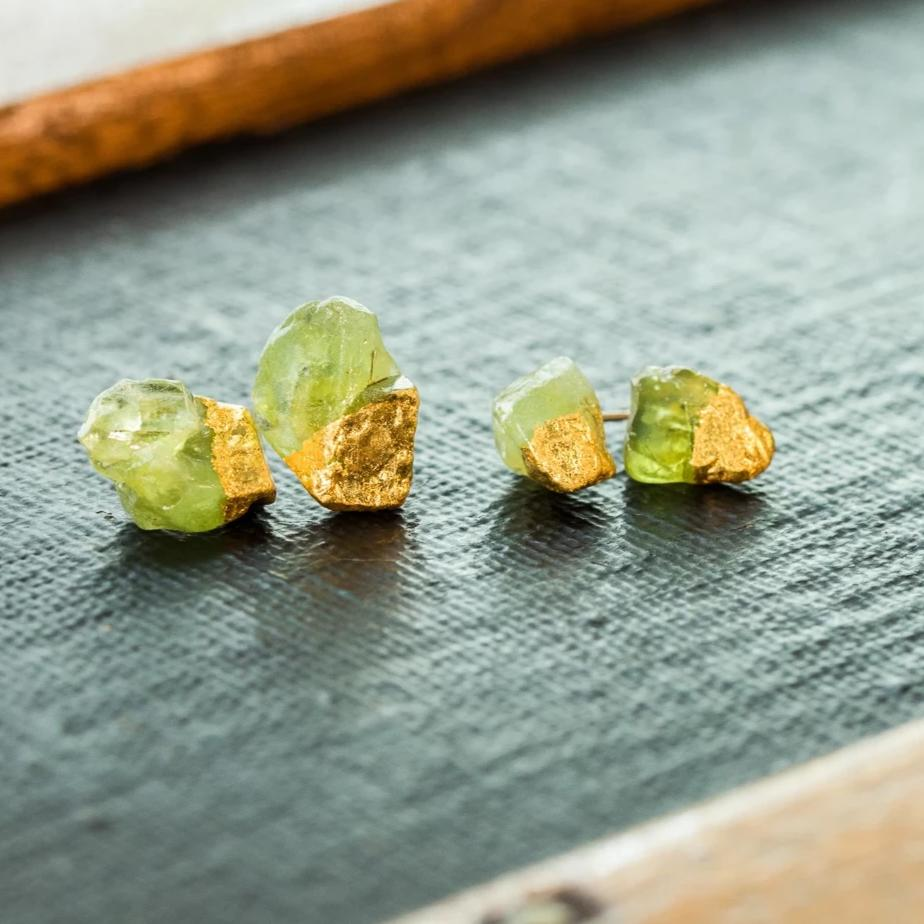 peridot earring, august birthstone earrings, raw peridot, birthstone stud earrings, christmas gift for mom, gift for sister, peridot birthday present, lizbethjewelryco