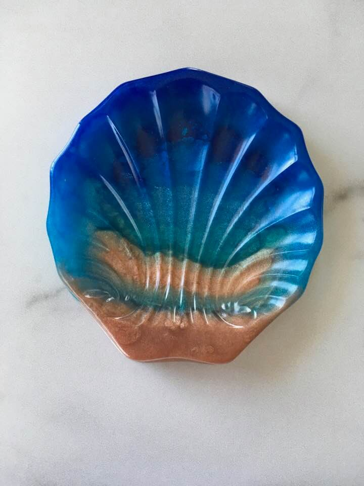 Scallop Seashell Soap Dish -Amphitrite 10