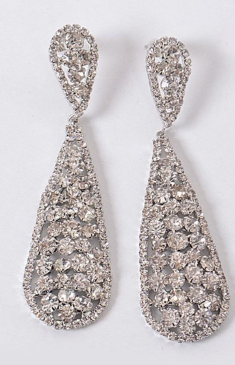 Formal Queen Earrings