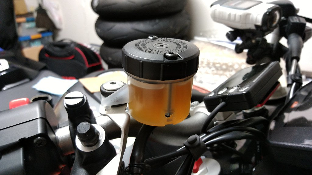 What is the 'dot 5' Brake fluid ?