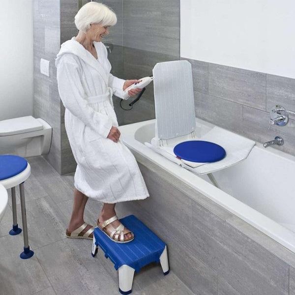 Aquatec Orca Bath Lift - Charger Included [1573865] - Think Mobility