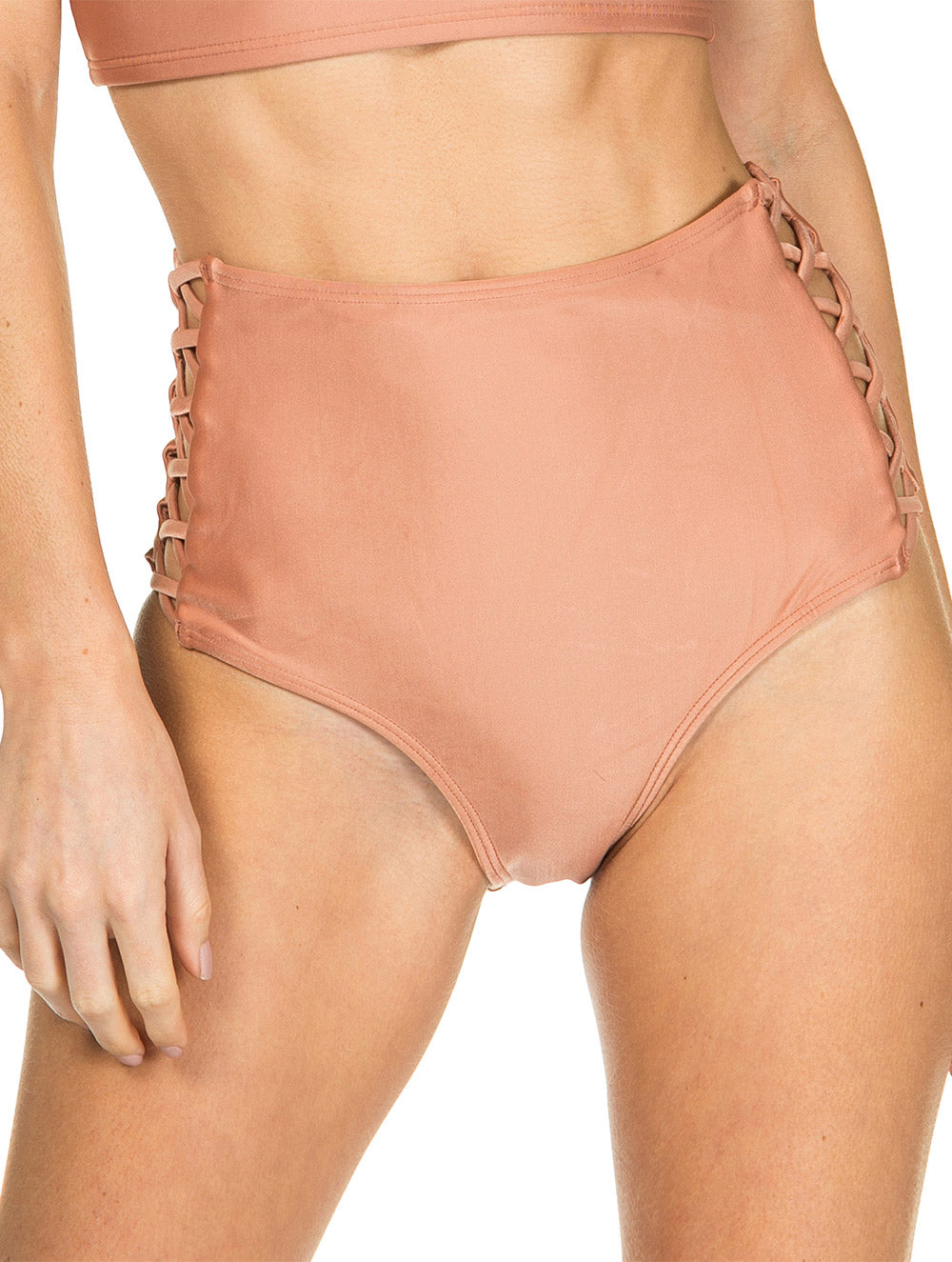 Solid-color Hot Pants with straps