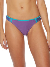 Load image into Gallery viewer, Tricolor Medium-Waist Bottom with Cutout