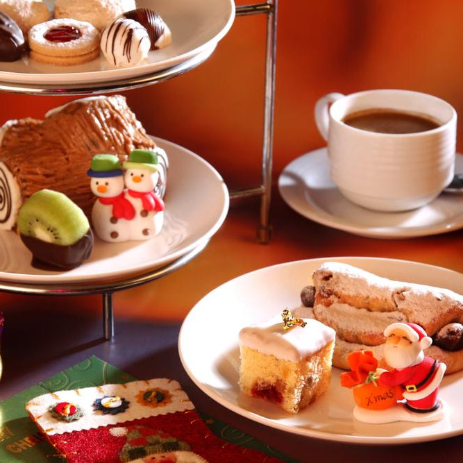 Celebrate the Holidays with a Christmas Tea Party