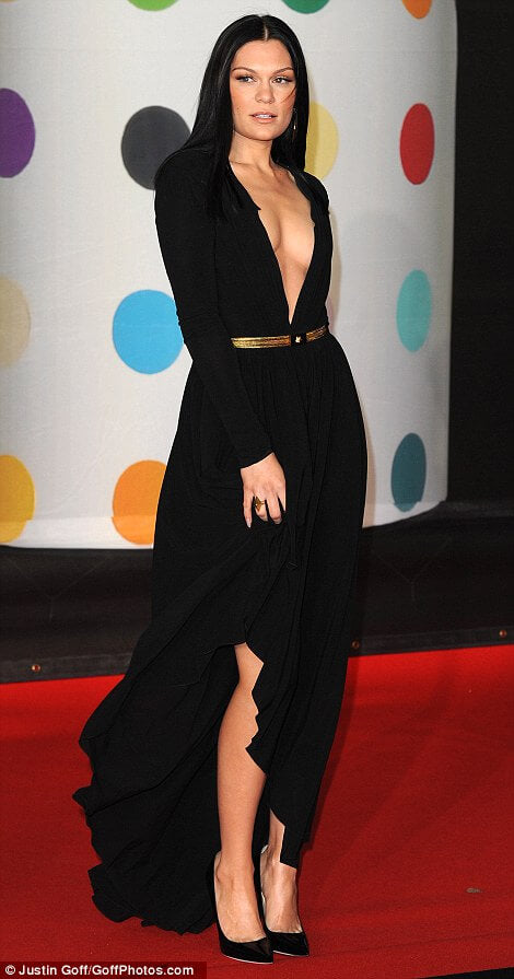 Celebrity-hair-extensions-at-the-brits-awards-2013