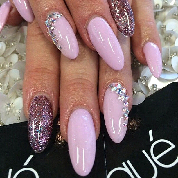 Super-glamourous-nails