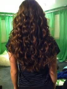 beachy-wave-hairstyle-wavy-extensions