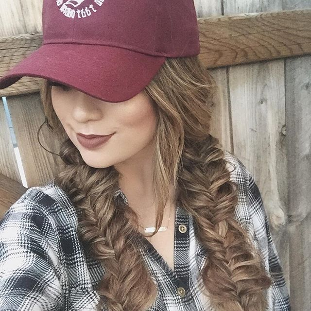 clip in hair extensions-styles-to-wear-with-hat-cap-proof