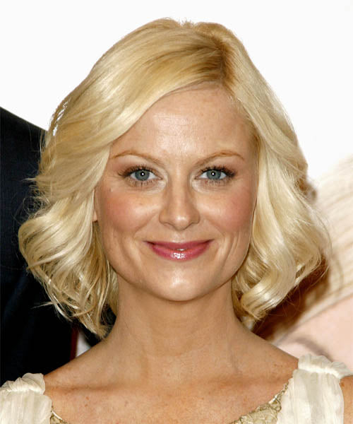 cliphair-extensions-amy-poehler-side-swept