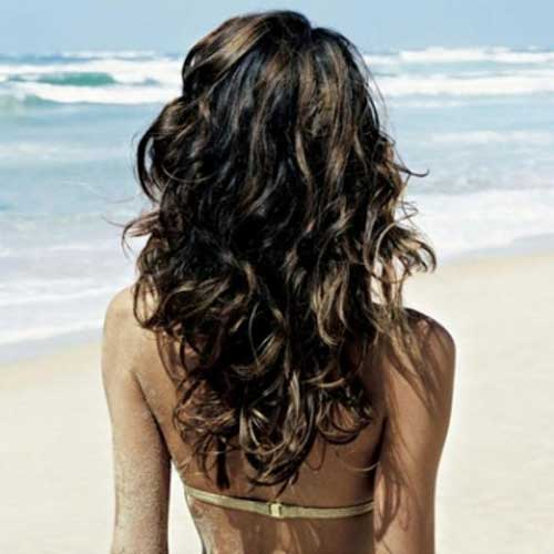 how-to-create-beachy-waves-hairstyle