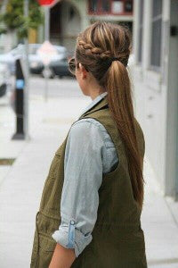 ordinary ponytail with small side plaits