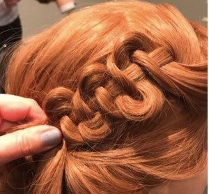 snake-braid-hairstyle-using-hair-extensions