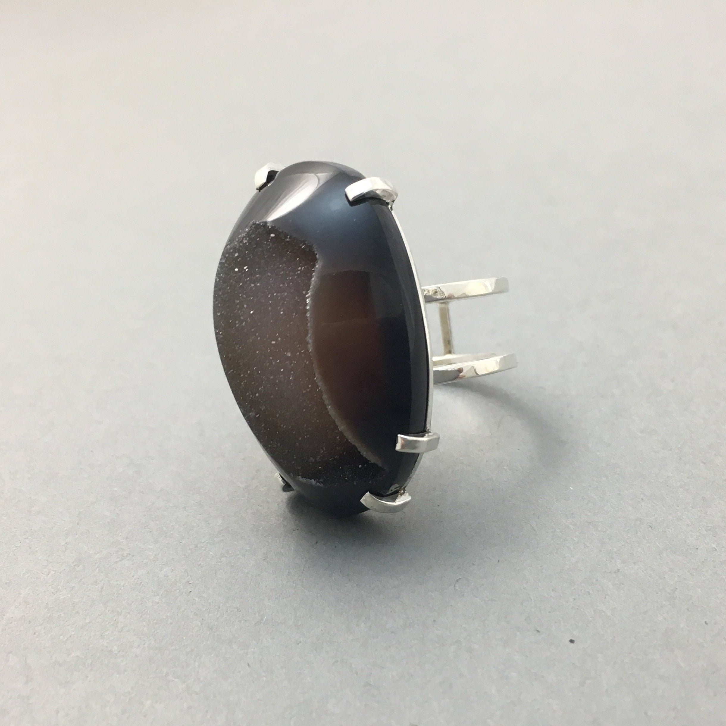 CHOCOLATE BROWN DRUZY & SILVER RING