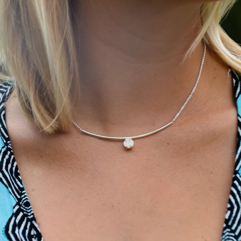 BAR NECKLACE WITH DRUZY