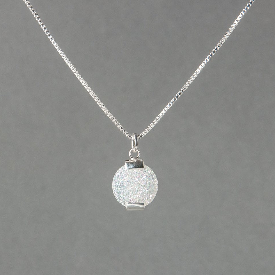 DRUZY PENDULUM NECKLACE