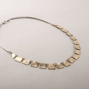 GOLD SQUARE COLLAR NECKLACE